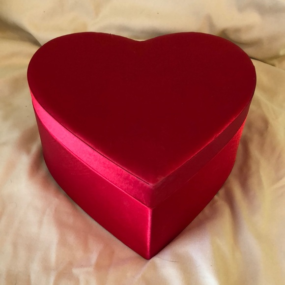 Other - REDUCED - A beautiful Red Heart Box